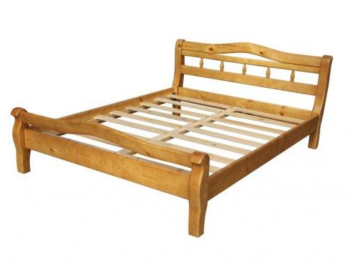 Двуспальная дачная кровать из массива дерева