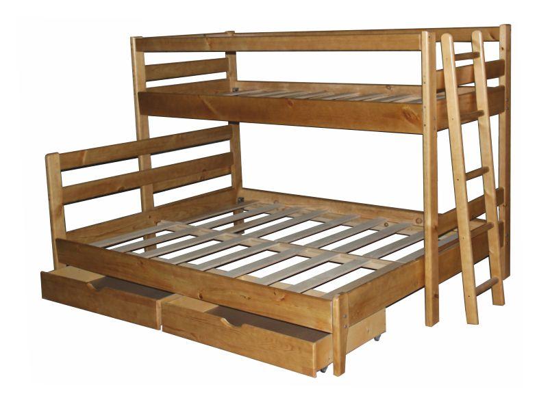 Кровать трёхместная двухъярусная из массива.