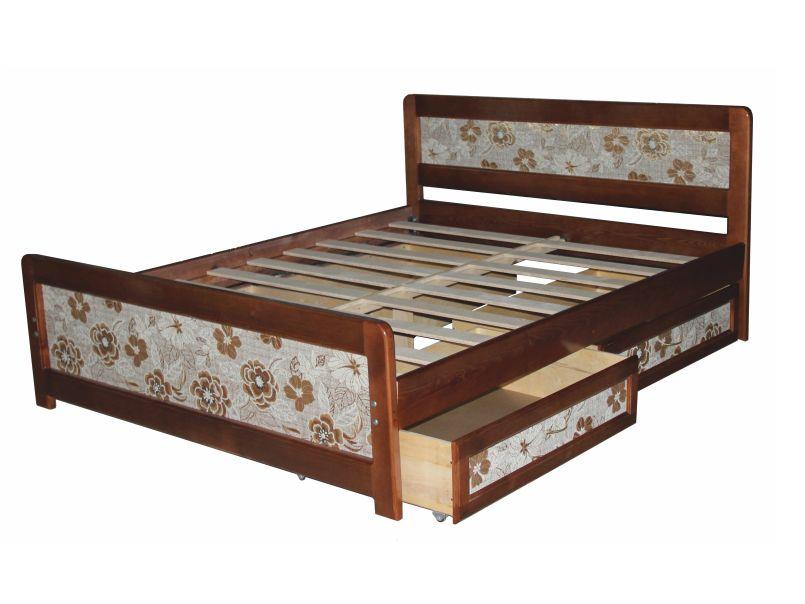 Кровать из массива с мягкой вставкой.