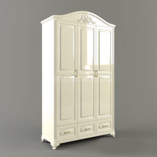 """Распашной трёх-створчатый шкаф """"Экстра"""" с резьбой."""